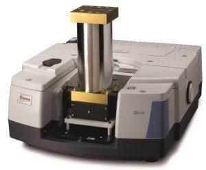 FT-IR spektrometr Nicolet iS50 s plynovou celou